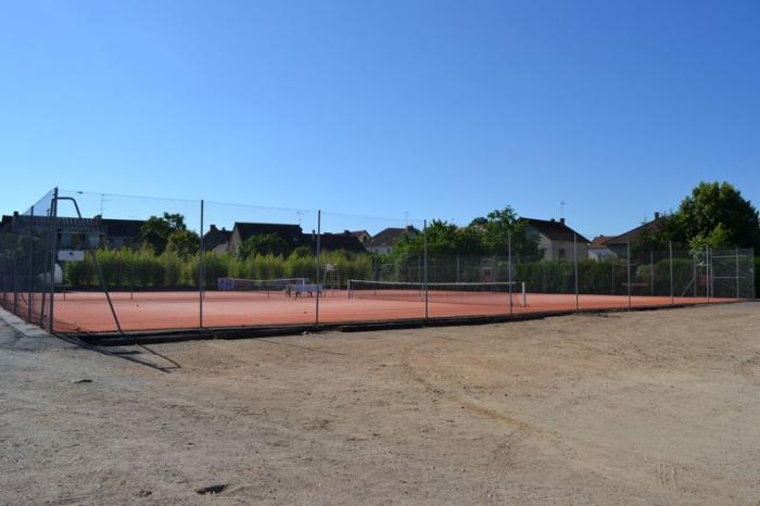 Les galeries infrastructure sportive cours de tennis for Cours de tennis en ligne